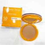 imagen producto GISELE DENIS Crema Compacto SPF50 con Color tono claro-medio